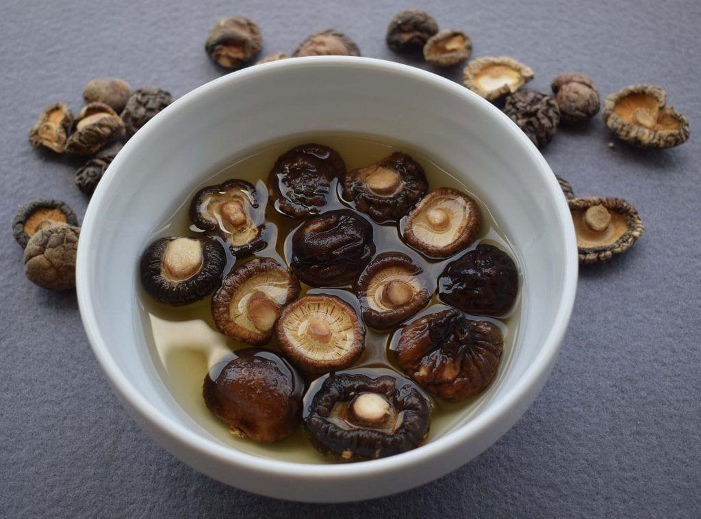 Paella de quinoa - Setas Shitake deshidratadas -