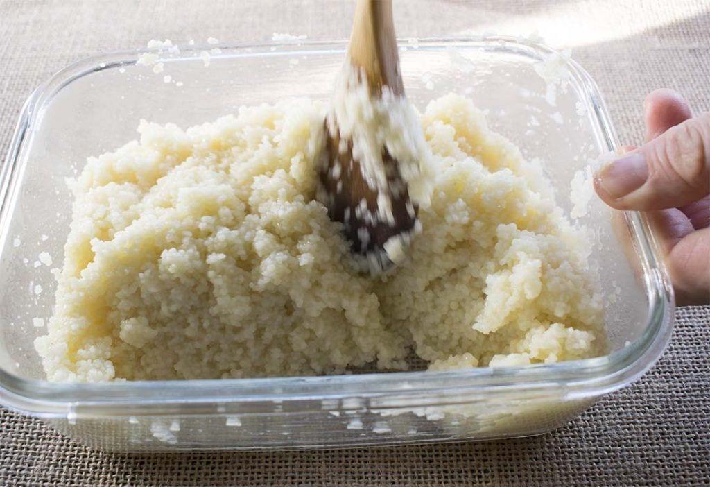 Calabacines rellenos de cuscús- Preparación de cuscús