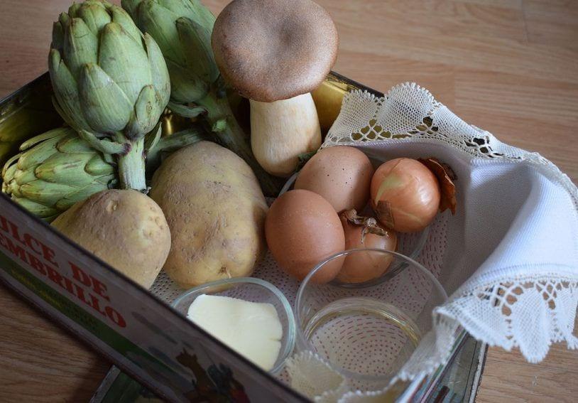 Ingredientes alcachofas de temporada con cremoso de patata