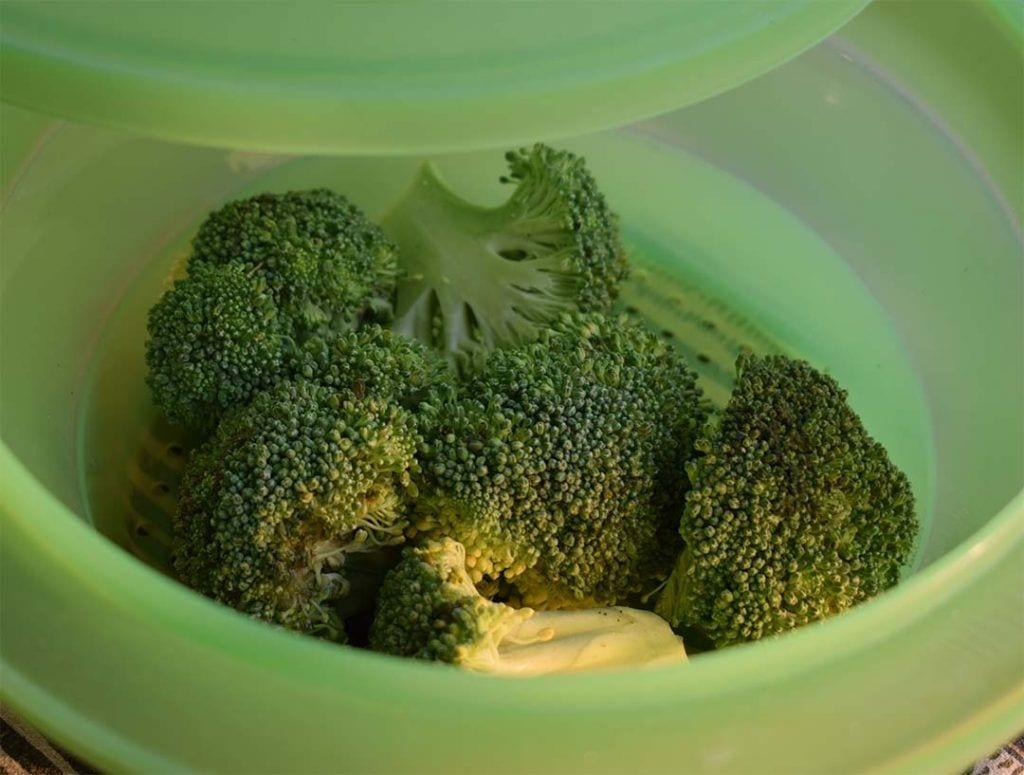 Como comprar, conservar y cocinar brócoli - Cocinarlo al vapor