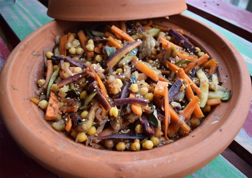 Tajin de verdura con garbanzos - Primer plano