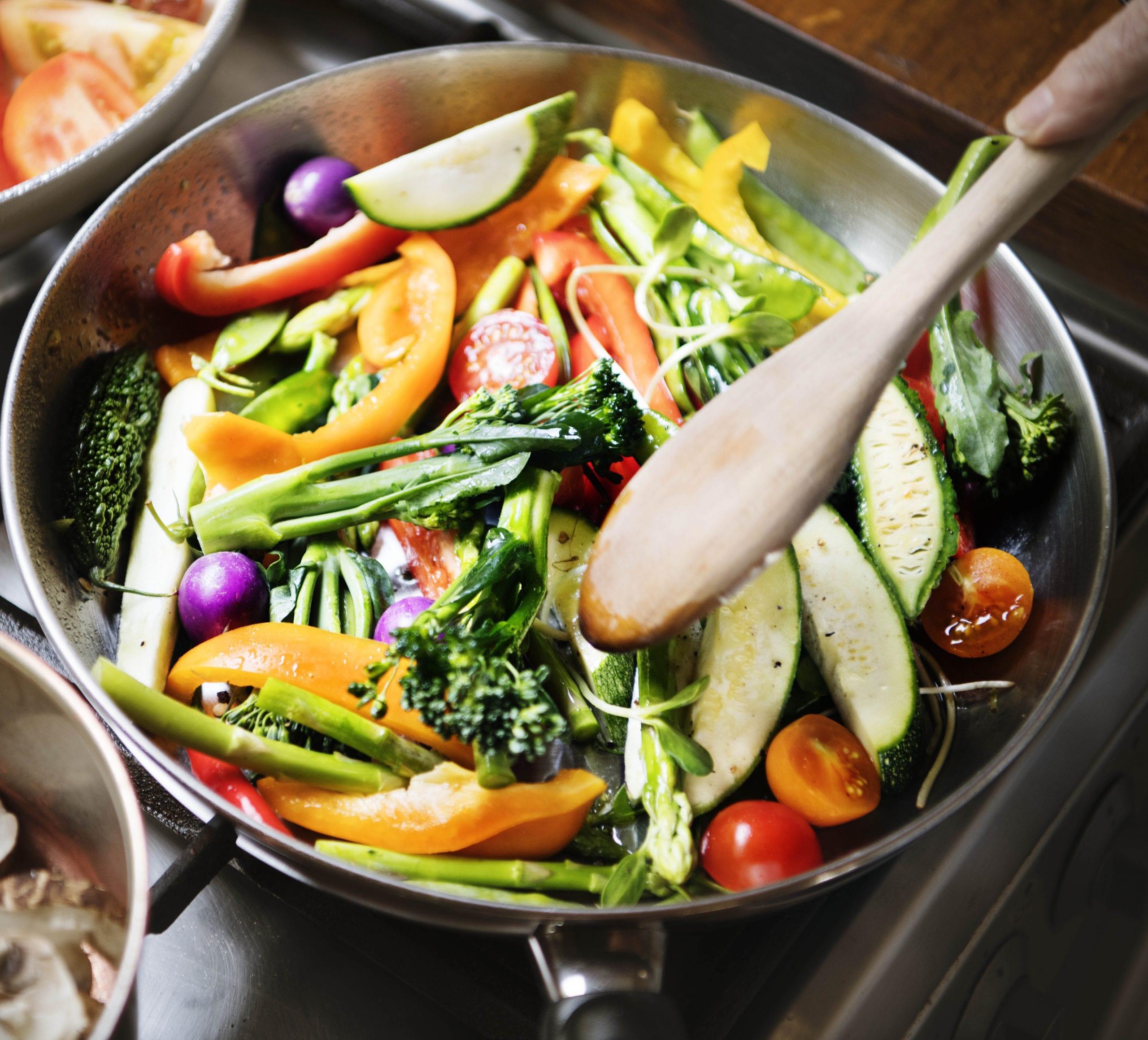 Cómo saltear - Salteado de verduras