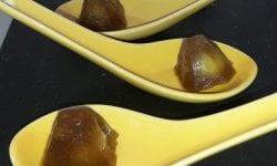 cucharilla de gelatina con naranaj y aceituna